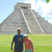 Janet and I at Chichen Itza 7466